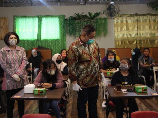 Bupati Dairi Nobar Film Cerita Pendek 'Lae Pendaroh' Karya Pelajar Dairi